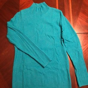Turquoise 100% cashmere, ribbed texture!